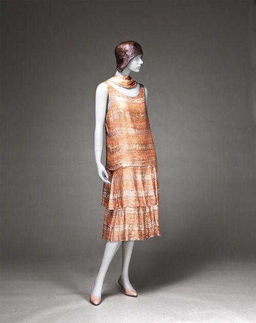 ガブリエル・シャネル イヴニング・ドレス 1926年頃 神戸ファッション美術館蔵