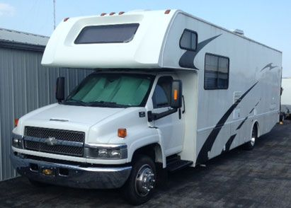 2005 Four Winds 33C Toy Hauler for sale by owner on RV Registry. http://www.rvregistry.com/used-rv/1008580.htm