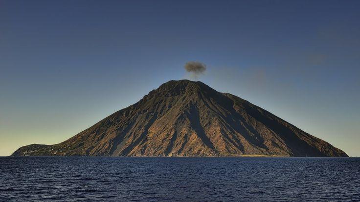 Mt Stromboli.