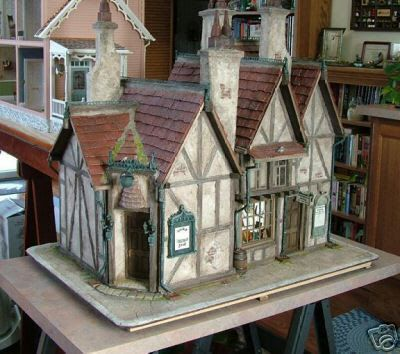 Another masterpiece inspired by Harry Potter ~ the Leaky Cauldron. This piece was made by Susan Robbins in a Philadelphia Miniaturia class with Bill Lankford. The Harry Potter and Hagrid dolls were created by Marcia Backstrom.