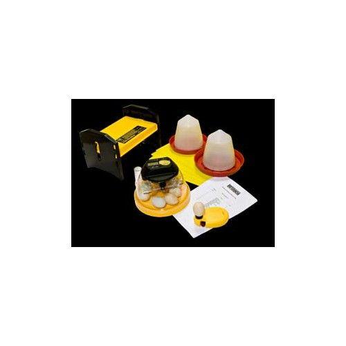 Mini Couveuse kit Elevage Couveuse Brinsea Mini + plaque chauffante pour 20 Poussins+ abreuvoir+mangeoire plastique de 1ltr.+ Lampe a mirer Couveuses ventilées pouvant contenir jusquà 10 ufs de poules ou équivalents.