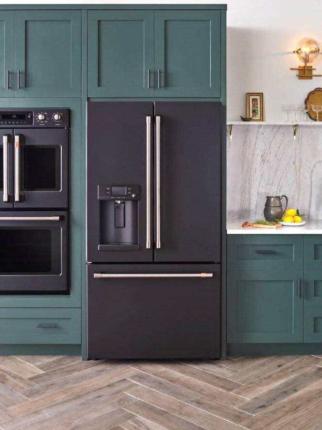 Elegant Black Kitchen Appliances Modern 6 Reasons Matte Black Appliances Should Be Your Radar In 2020 Kitchen Appliance Trends Green Kitchen Designs Kitchen Plans