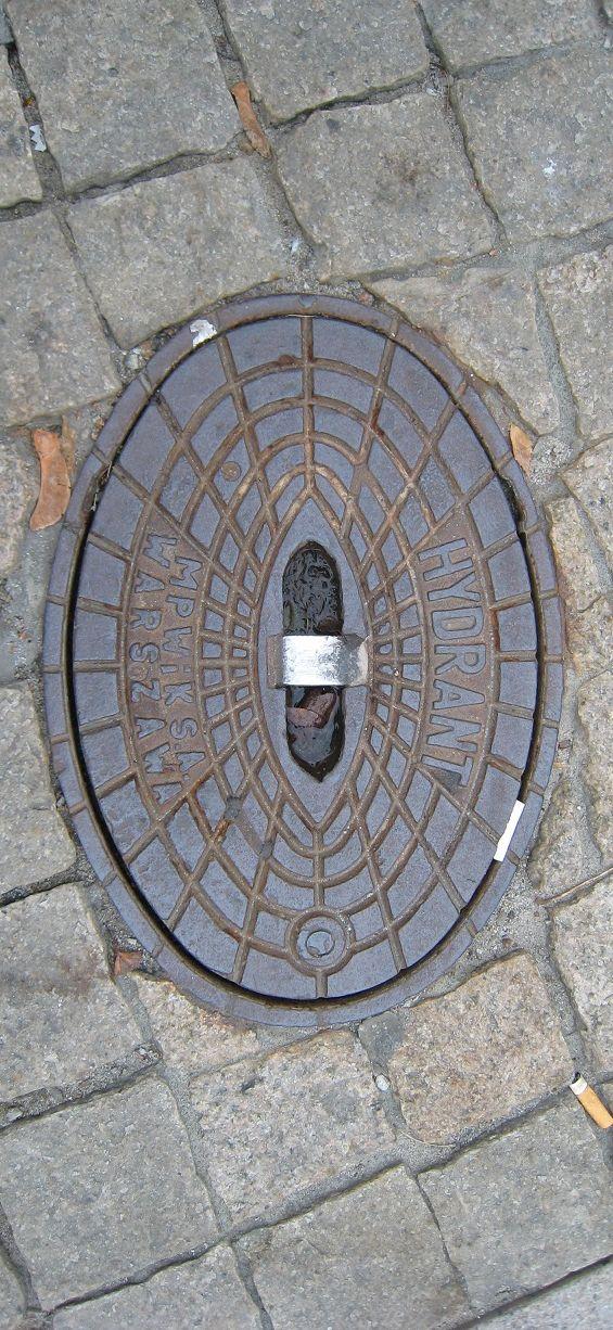 Hydrant, Warzawa @bsuorsa, Finland