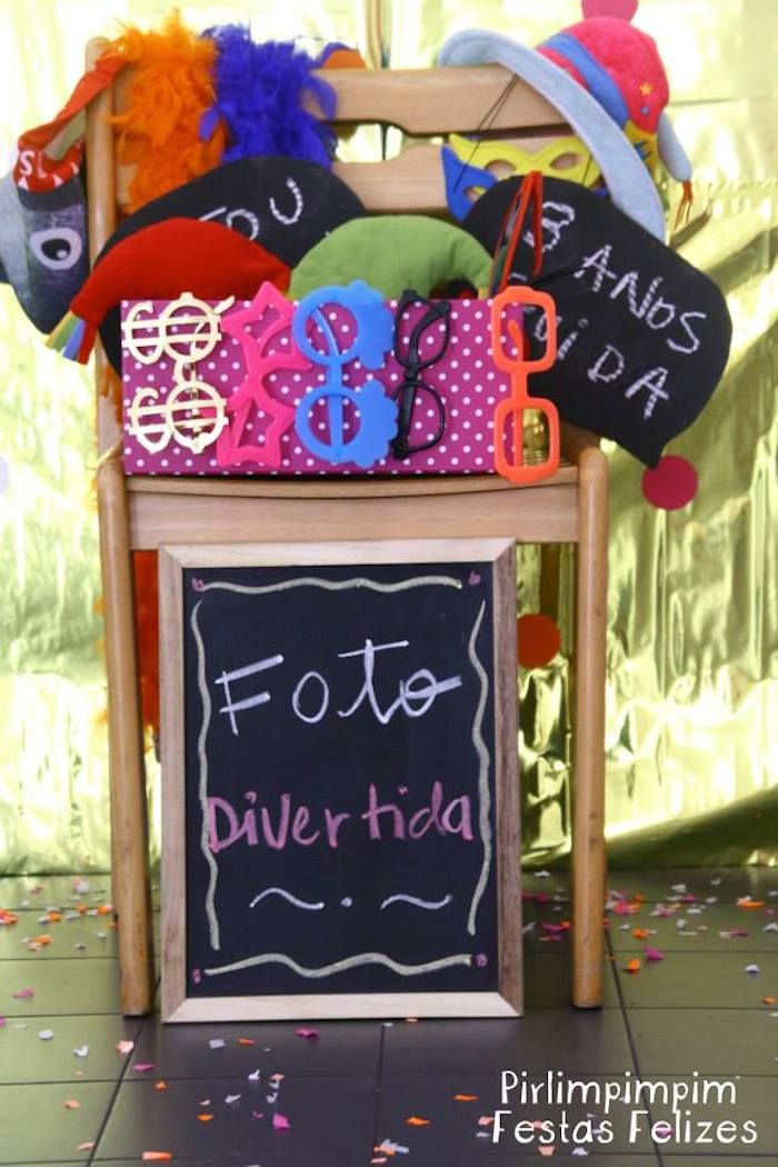 Pink and Orange Disco Party with Lots of Cute Ideas via Kara's Party Ideas | Pirlimpimpim Festas Felizes