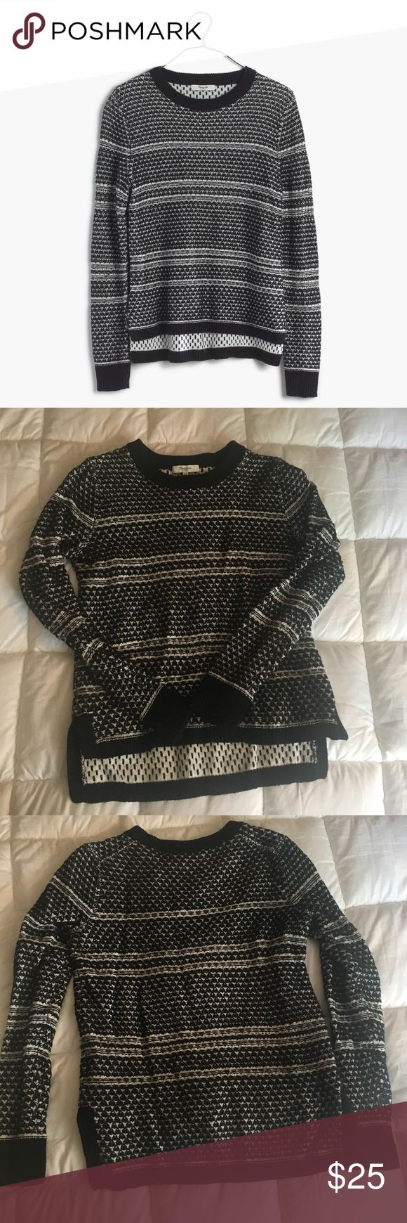🍁 Madewell Fineprint Pullover Sweater 🍁 Madewell Fineprint Sweater. In very good used condition. Size XS but fits more like a Madewell XXS-XS to me. A classic black and white sweater +  beautiful stitching, I just don't reach for patterns anymore and am cleaning closet. ❌ Sorry, no trades! ❌ Madewell Sweaters Crew & Scoop Necks