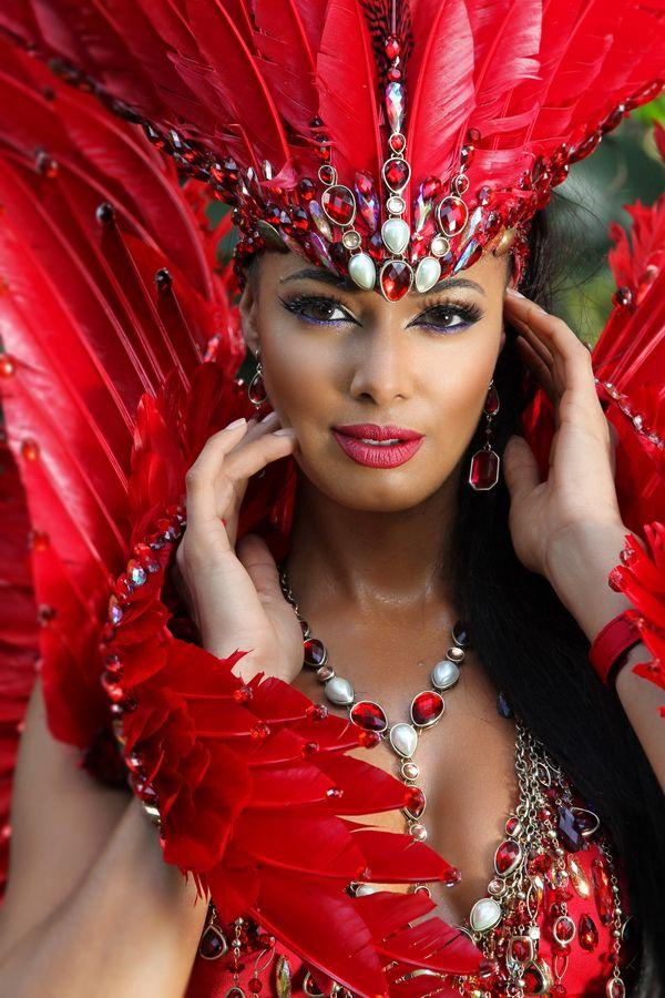 342 besten carnival bilder auf pinterest samba kost m karneval und karnevalskost me. Black Bedroom Furniture Sets. Home Design Ideas