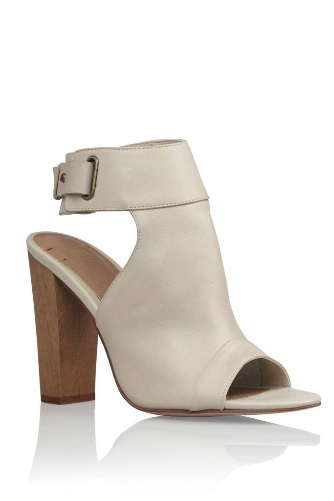 RMK Nightly in Ivory $150.00 available at www.carouselbondi...