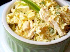 Recept na lahodný a zdravý salát ve kterém je pouze 77 kalorií. Můžete ho jíst bez obav a ještě zhubnete