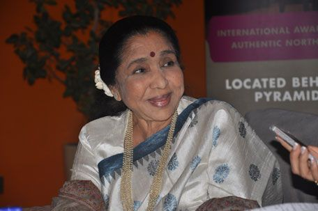 Asha Bhosle talks about daughter's death, Rekha and Dubai concert - Emirates 24 7