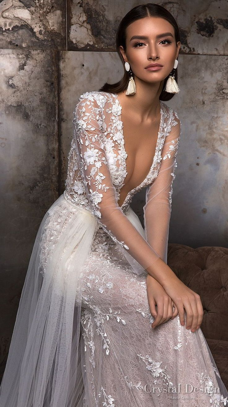 """Crystal Design 2018 Marriage ceremony Attire — """"Royal Backyard"""" & Haute Couture Bridal Collections"""