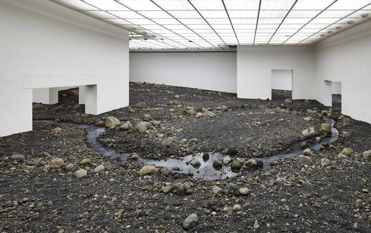"""Olafur Eliasson - Louisianna Museum bei Kopenhagen - Installation """"Riverbed"""""""