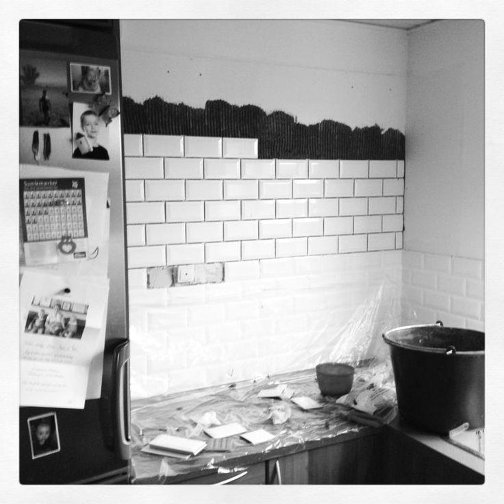 Opsætning af fliser i køkken