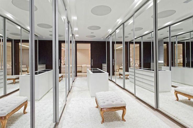 Closets com ilhas! Veja modelos lindos! - Decor Salteado - Blog de Decoração e Arquitetura