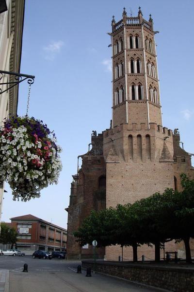 Ariege cathedrale saint-antonin de pamiers Guide du tourisme en Ariège Midi-Pyrénées