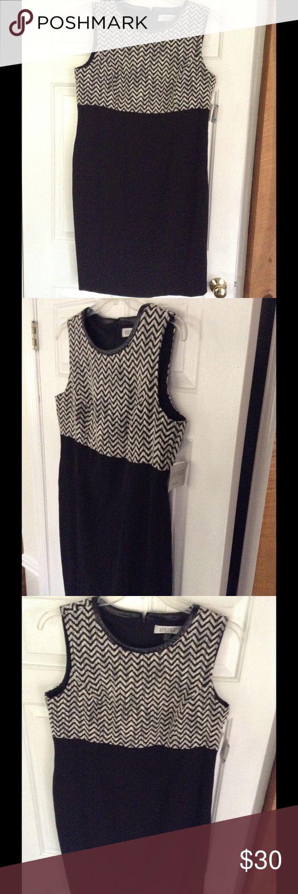 Kasper Houndstooth Sleeveless Dress Great for formal or semi casual occasions Kasper Dresses