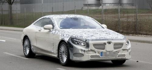 Erlkönig: Mercedes S-Klasse Coupé nach Schlammschlacht erwischt