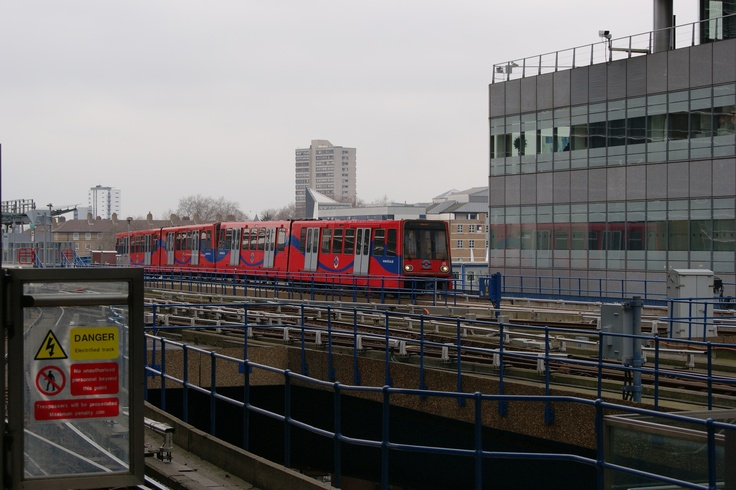 #Transport: Docklands Light Railway (DLR), #London, #England.  Photo: D Rudman