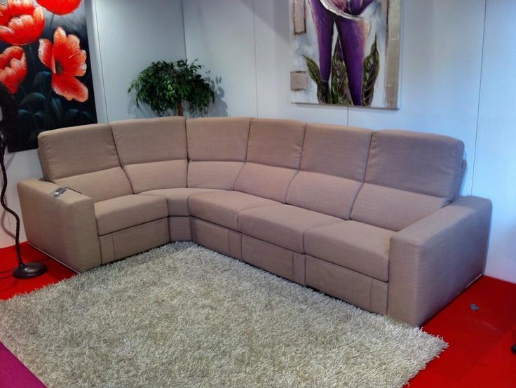 #Sofa, #divano Modello #Zurigo   Qui in versione angolare. #madeinitaly