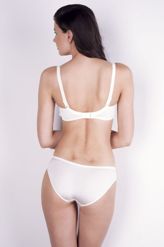 New collection ZORZA bra: A222 pants: B300 www.samanta.eu