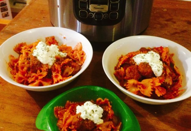One Pot Wonder Pasta with Meatballs - Real Recipes from Mums
