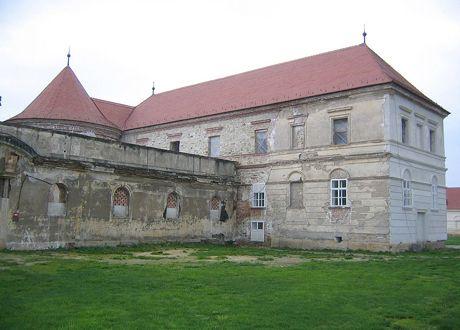 Castelul clujean Banffy, Versailles-ul Transilvaniei, de la recepţiile cu etichetă la un festival de muzică electronică | FINANCIARUL - ultimele stiri din Finante, Banci, Economie, Imobiliare si IT