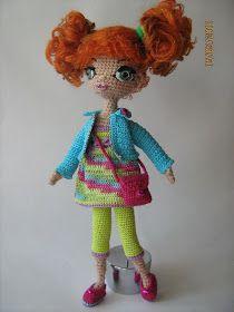 Моя любовь – вязаные куклы-девочки, но на них у меня катастрофически не хватает времени. Очень люблю вязать для них одежду, обувь, сумки и д...