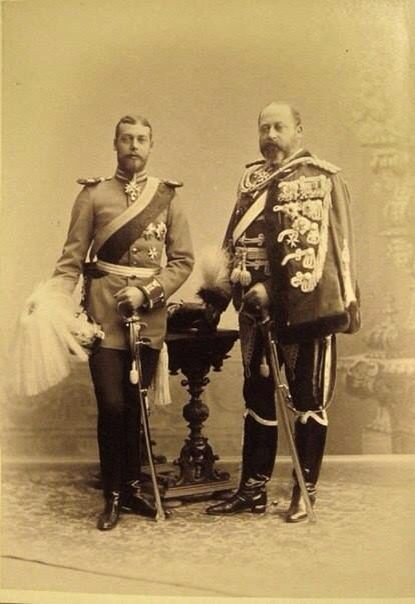 Father and son : Edward VII and George V in German uniform