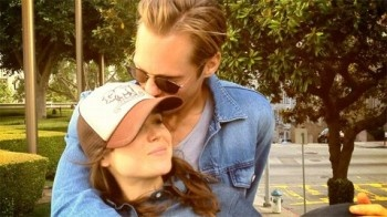 True Blood's Alexander Skarsgard Smooches Ellen Page and Jane Lynch and Wife Splits