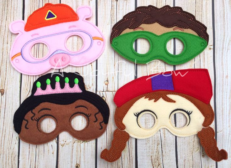 Why inspired dress up and birthday party favor masks. Super Why, super why birthday, super why gifts, super why party by ajoyfulbow on Etsy https://www.etsy.com/listing/262556417/why-inspired-dress-up-and-birthday-party