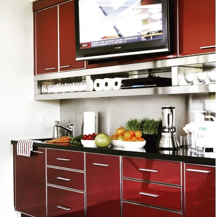 Thank you to @deringhall  for including us in their article on 32 kitchens with Vivid Pops of Red!     #modernkitchen #kitchen #interiordesign #luxury #newhome #interior #homedesign #contemporarykitchen #kitchenware #modernhomes #contemporary #kitchendesign #modern #housebeautiful #kitchenremodel #furnituredesign #douglasdesignstudio
