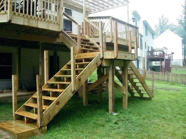 How To Build Deck Stairs With A Landing Thepalmahome Building A Deck Deck Stairs Diy Deck