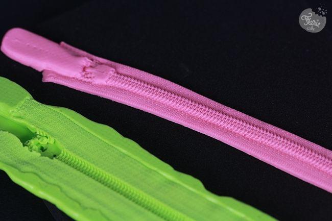 Avec ce moule en silicone, faire une fermeture pour vos gâteaux sac à main est une rigolade !