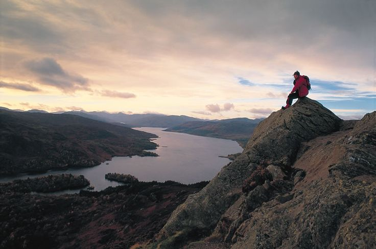 """Outlander Cast News Editor and Senior Writer Anne Gavin is headed to Scotland... again. Live vicariously through her hill-walking adventures with """"The Scotland Diaries: Part 2"""". Written by: Anne Gavin"""