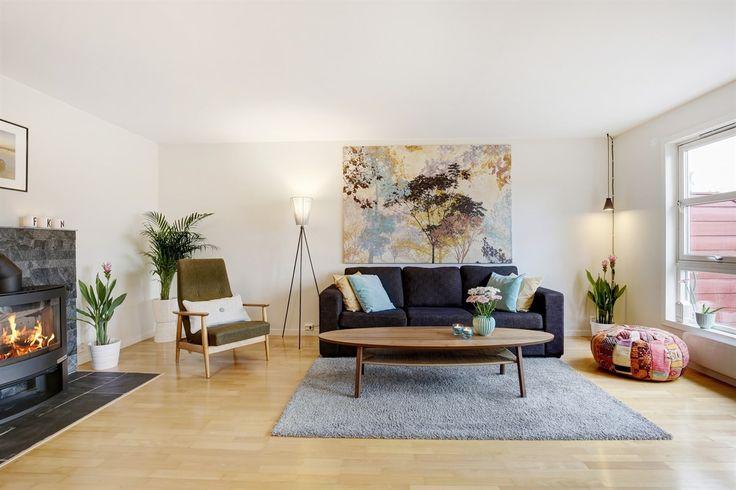 FINN – Ulsrud - Fantastisk 4-roms rekkehus ved foten av marka. Påkostet, utsikt, terrasse, garasje og vedfyring!
