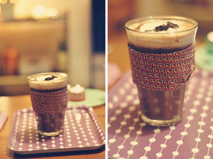 opskrift: varm kakao// hot cocoa with chili | Emily Salomon
