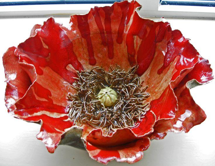 Sculptural Poppy Bowl!