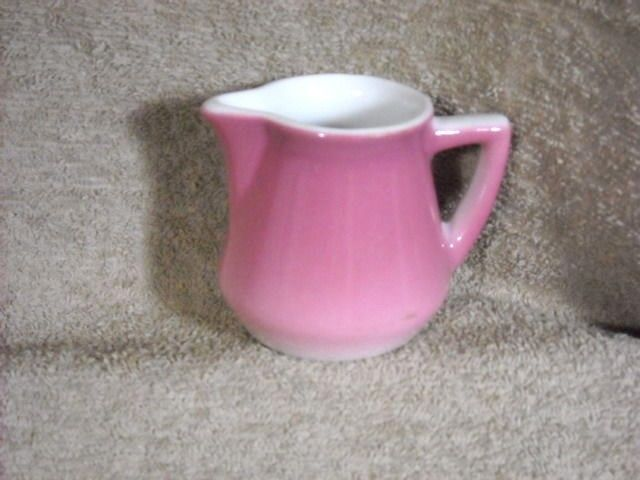 Syracuse USA 89 Restaurant Ware Air Brushed Pink & White individual Creamer  #SyracuseChina
