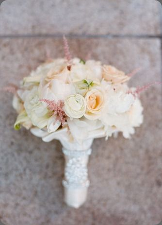 pastel colors bouquet | Easter wedding Inspiration: pastel colors | Ispirazione per un matrimonio dai Colori pastello http://theproposalwedding.blogspot.it/ #easter #pastel #wedding #matrimonio