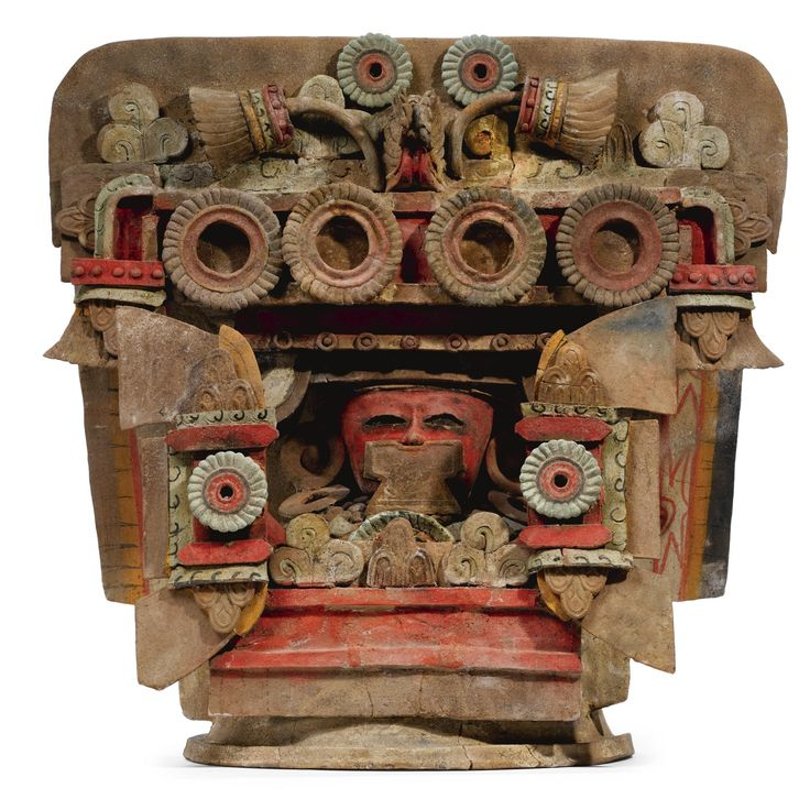 Large Teotihuacan polychrome incensario Lid, Escuintla style, Classic, ca. A.D. 450-650 © Sotheby's