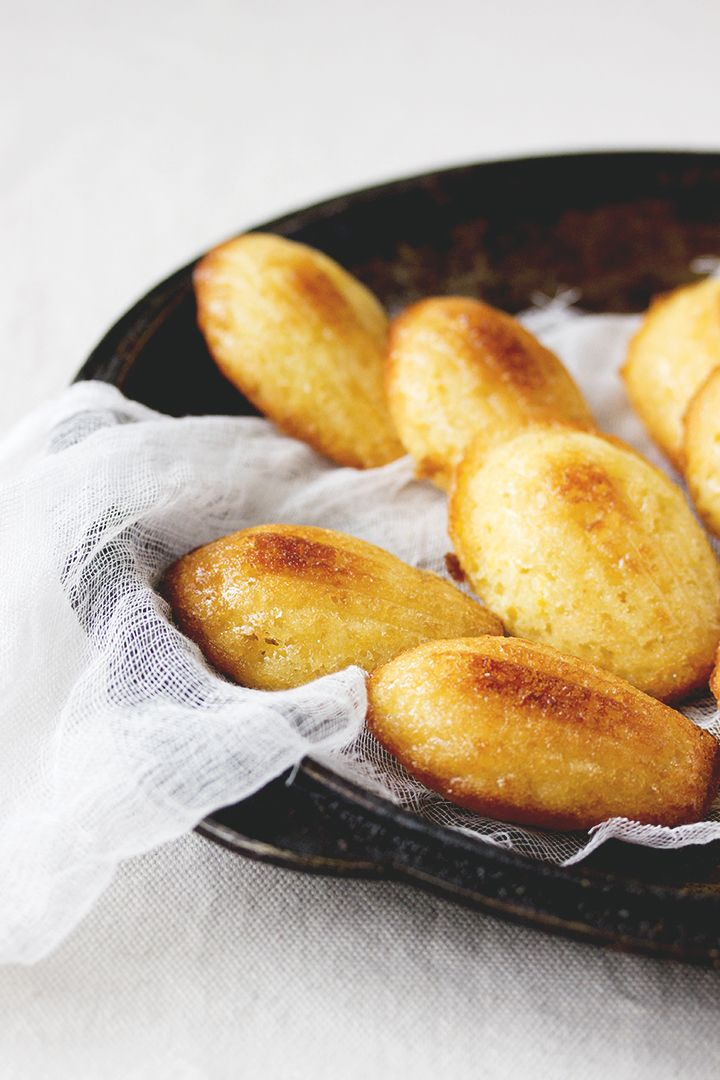 Lemon Madeleines // Glaze is good but unfortunately sticky and needed extra powdered sugar.