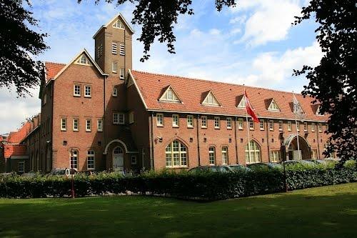 De Rooi Pannen, Tilburg