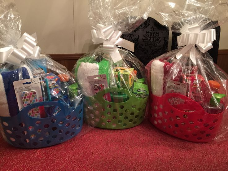 Cheap and cute end of year color coordinated gift baskets