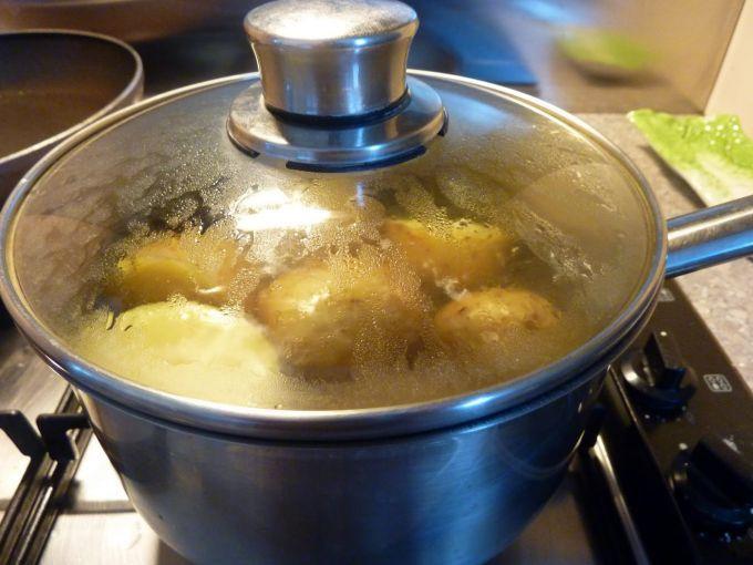l'eau de cuisson des pommes de terre soulage les crises de goutte