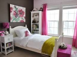 brown walls, pink and green textiles