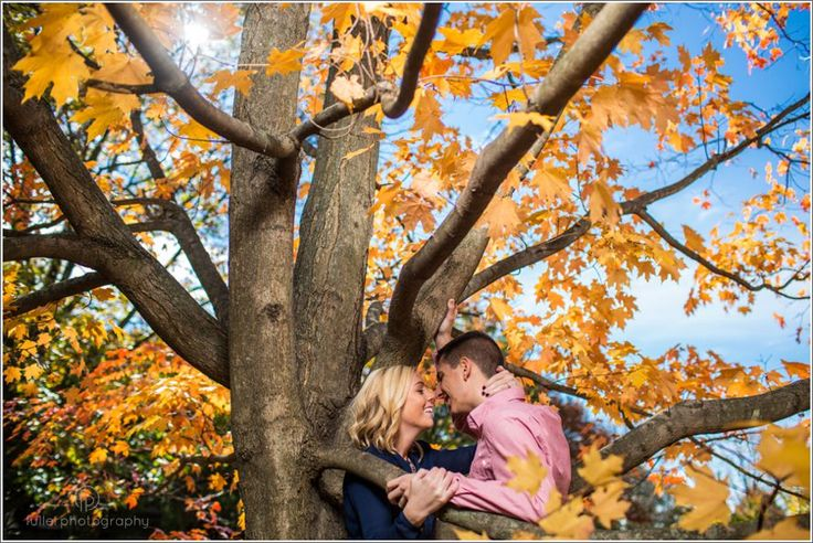 Engagement photos on the grounds of the Swarthmore College
