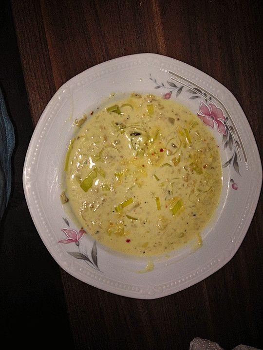 Käse-Lauch-Suppe mit (Soja-)Hack, ein gutes Rezept aus der Kategorie Kochen. Bewertungen: 15. Durchschnitt: Ø 4,4.