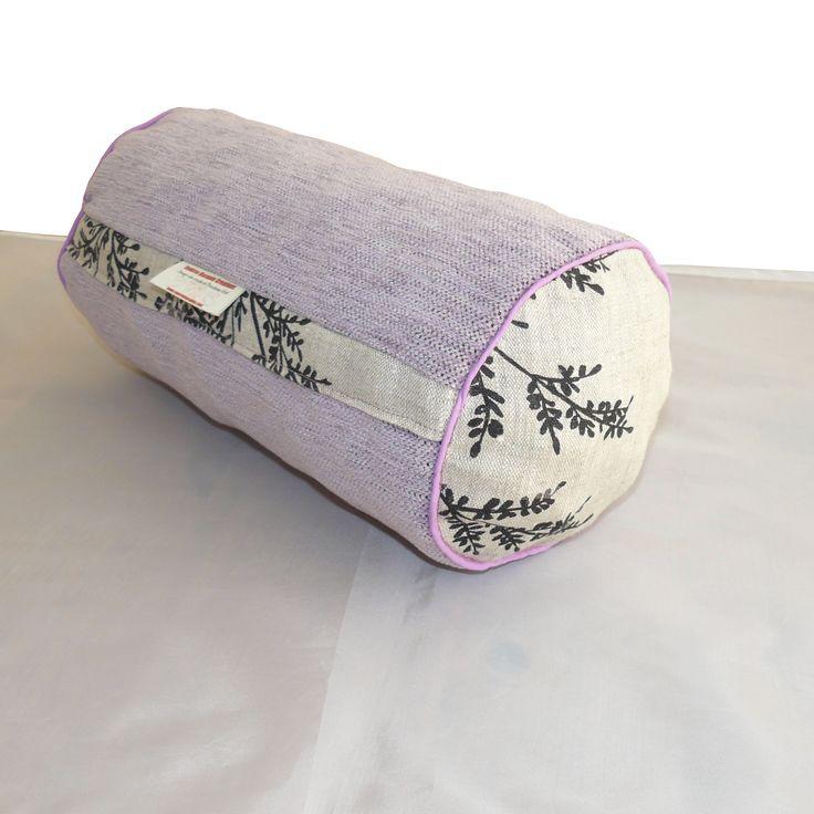 les 25 meilleures id es concernant cale nuque sur pinterest coussin nuque rem des contre la. Black Bedroom Furniture Sets. Home Design Ideas