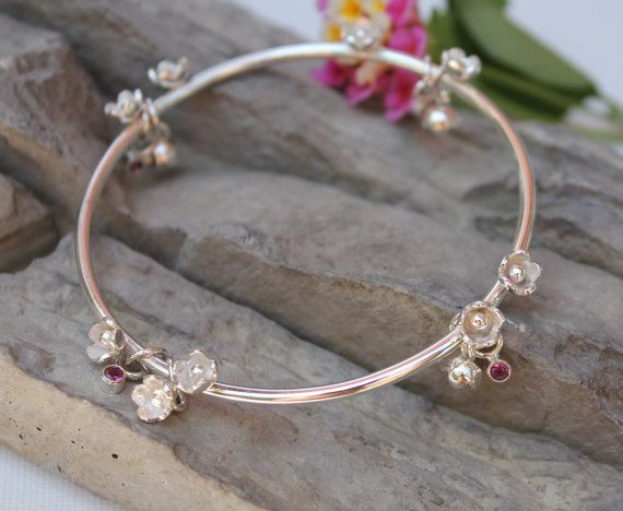 Hey, I found this really awesome Etsy listing at https://www.etsy.com/listing/193153675/sterling-silver-bangle-flower-garland