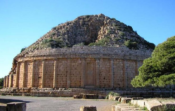 The Royal Mausoleum of Mauretania: Deadly Wasps Once Prevented its Destruction