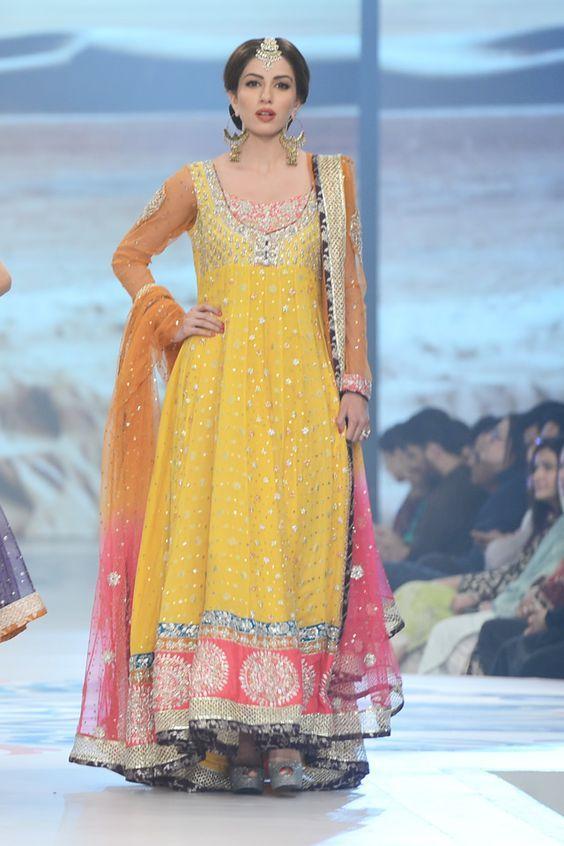 PAKISTANI BRIDAL MEHNDI DRESSES COLLECTION 2016-2017